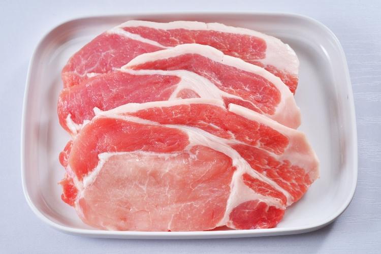 【豚肉の栄養価と効能について】食材栄養素ナビ♪豚肉の特徴や保存方法についても解説しています。