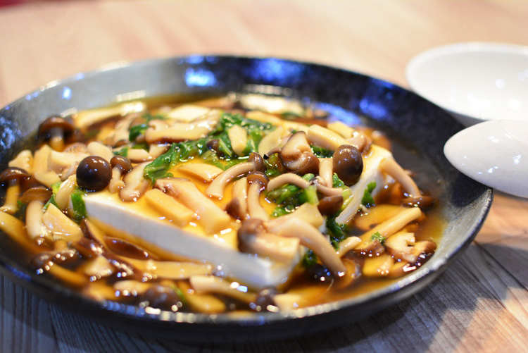 和風あんかけ豆腐の作り方♪きのこがたっぷり入った栄養豊富なあんかけ豆腐レシピ
