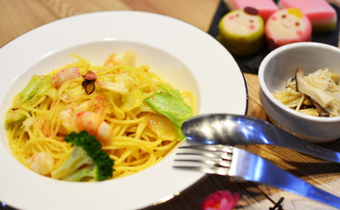 キャベツとエビの桜塩で春パスタ♬鷹の爪をのせてペペロンチーノ風にしても美味しいパスタレシピ