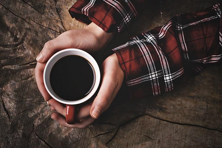 コーヒーが便秘に効くって本当!?カフェインが身体に与える悪影響や副作用って一体どんなもの?