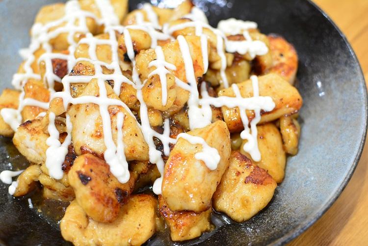 鶏むね肉で作るチキン南蛮風甘酢マヨ焼き♬酸味が夏にピッタリのレシピです♪