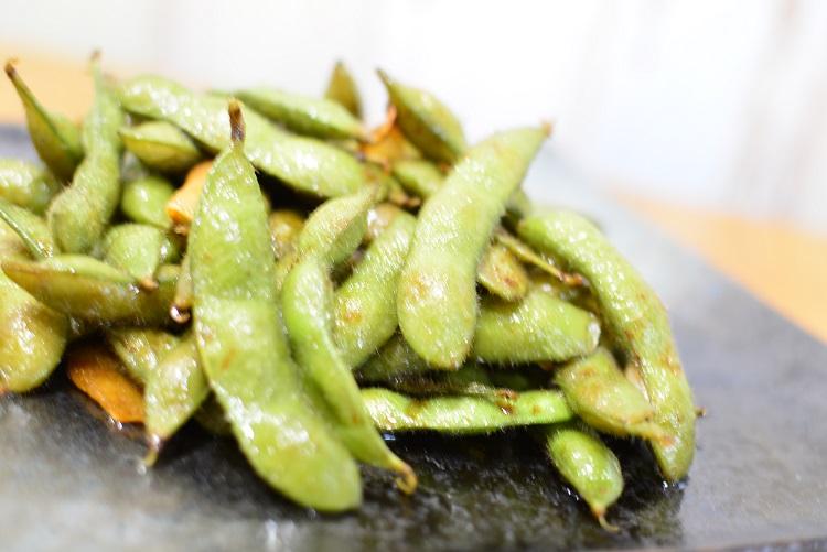 いつもと一味違う枝豆の焦がしじょうゆ炒めのレシピ♬