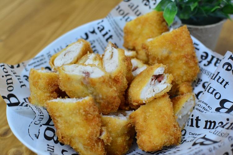 ヘルシー♬ささみの梅チーズフライ★のレシピ