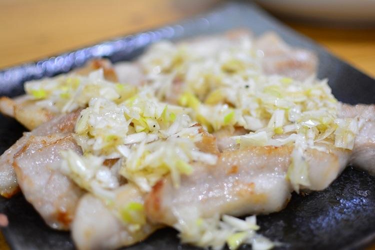 家飲み♬豚トロのネギダレ焼きのレシピ★